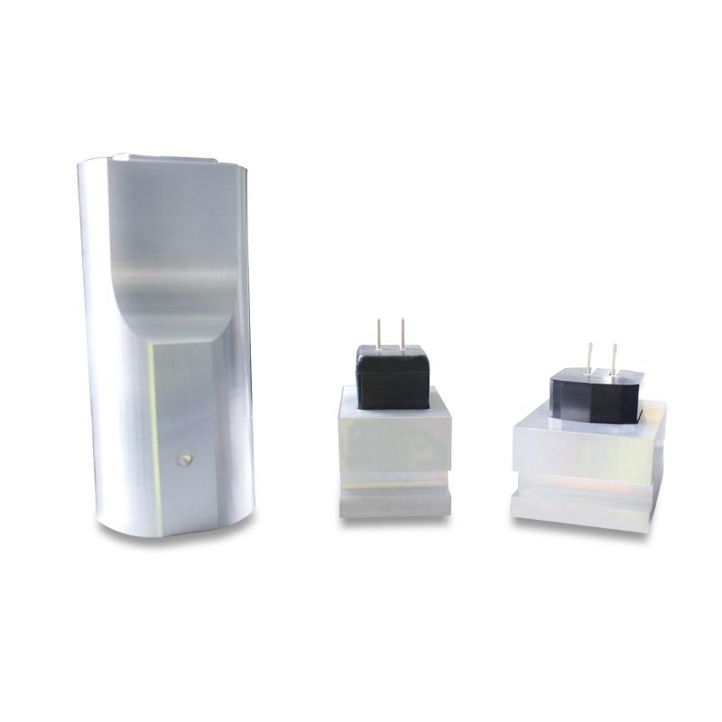 充电器插头超声波模具